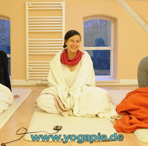 Kundalini Yoga Claudia Siems